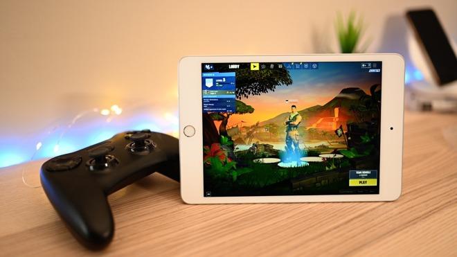 Fornite on iPad mini 5