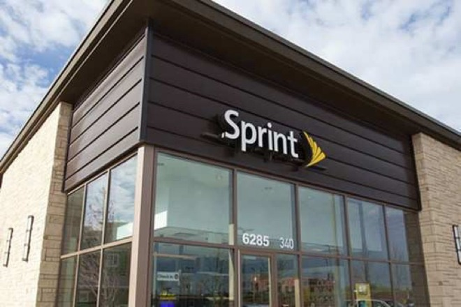 Comparing AT&T, Sprint, T-Mobile, & Verizon's unlimited