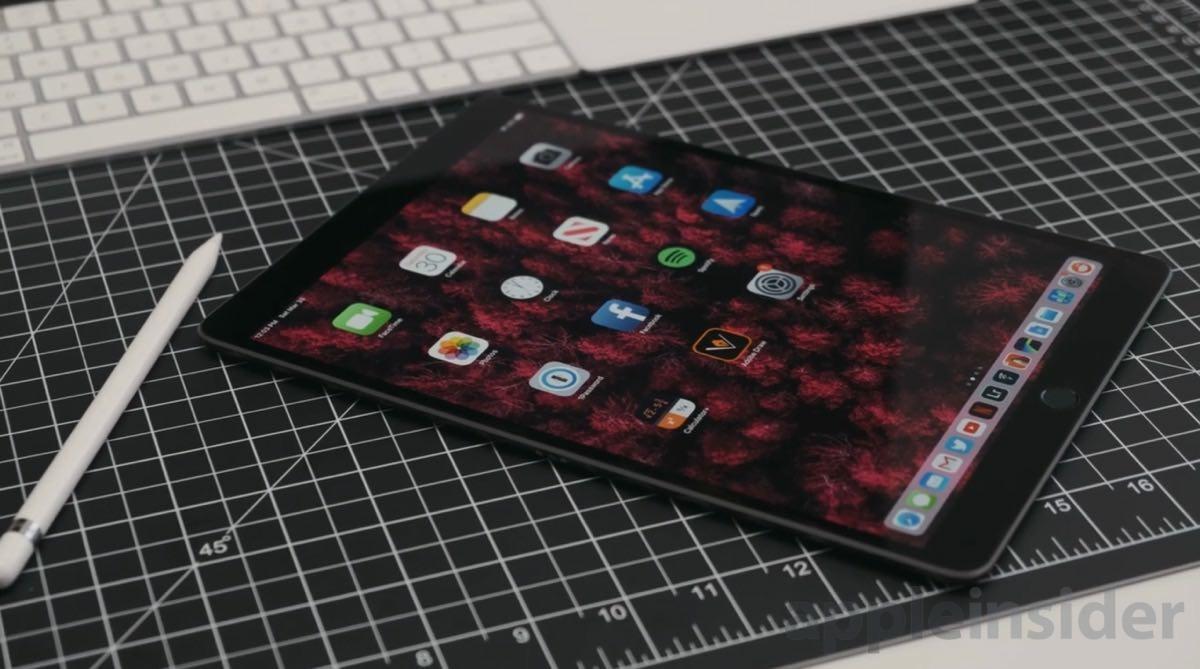 Apple Pencil and iPad Air