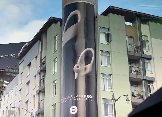 Beats Powerbeats Pro advertising in Hollywood (via 9to5mac)