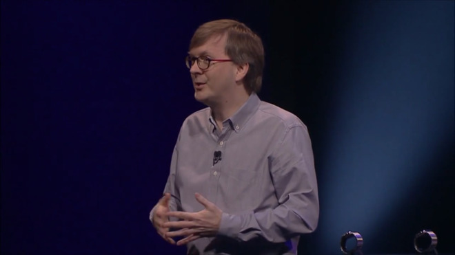Kevin Lynch demonstrating the original Apple Watch