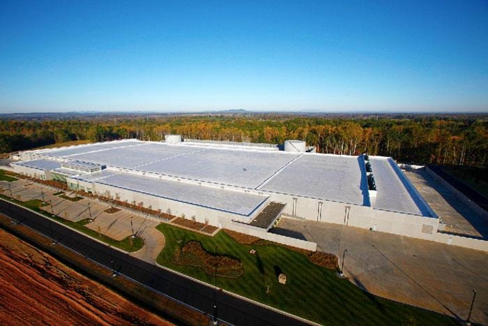 An example of a completed data center. This is Apple's one in Maiden, North Carolina