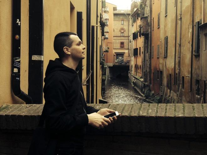 Dark ambient artist Raison d'etre.