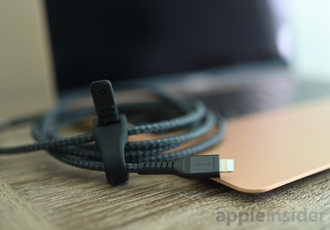 Nomad Kevlar Lightning cable