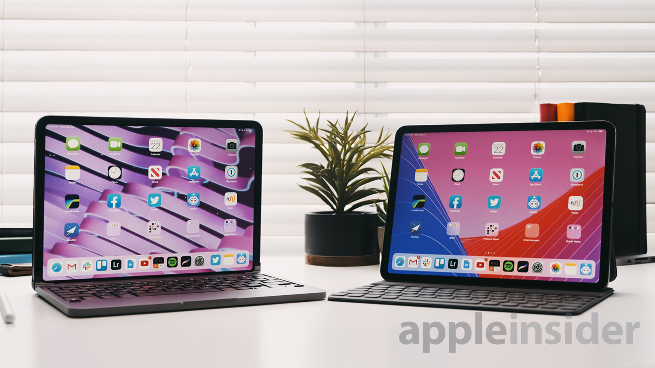 Brydge Pro (Left) and Apple Smart Keyboard (Right) - 11-inch iPad Pro
