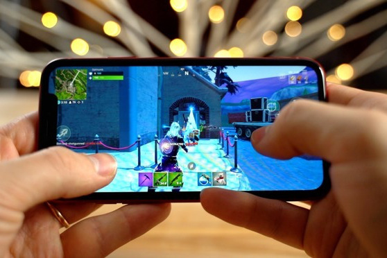 Playing Fortnight on an iPhone