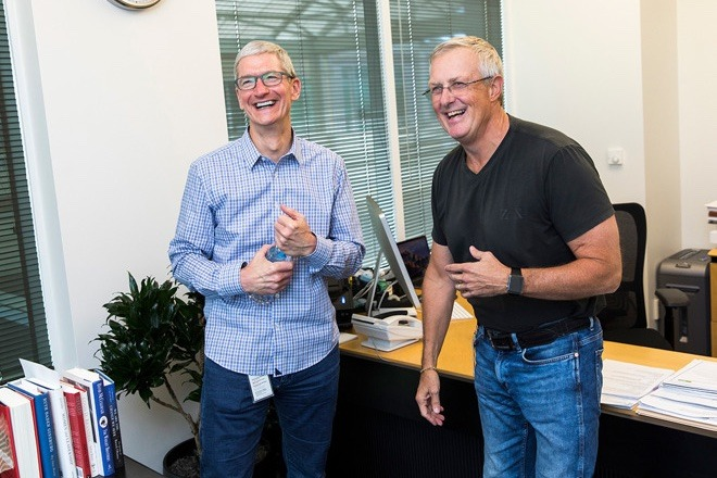 Tim Cook (left) with Bruce Sewell