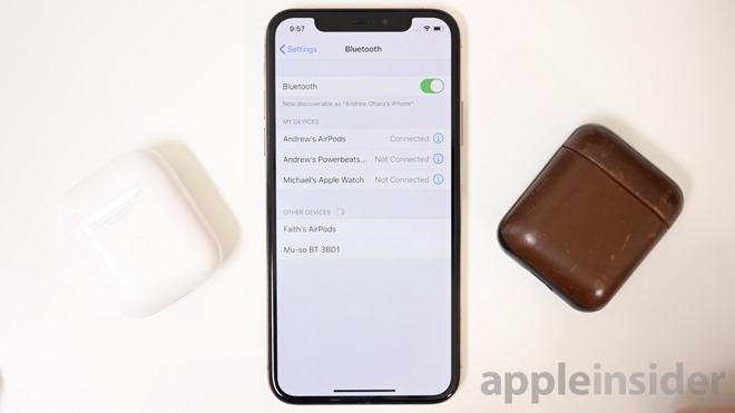 Bluetooth menu connecting two sets of AirPods in iOS 13