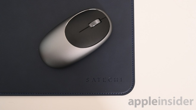 Satechi M1 wireless mouse on the ecoMat