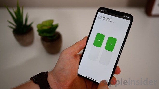 Satechi Dual Smart Outlet being controlled in the iOS 13 Home app