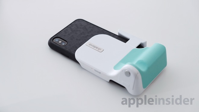 Adonit PhotoGrip Qi with iPhone XS Max in a case