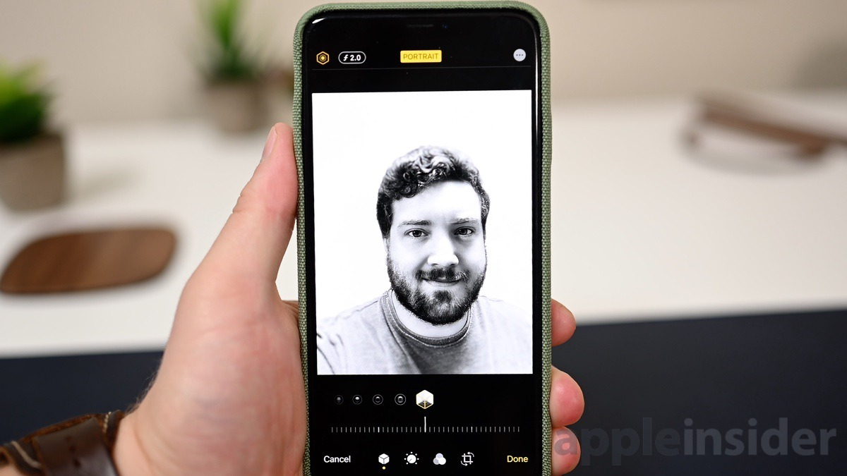 The new High Key Light Mono Portrait Mode in iOS 13