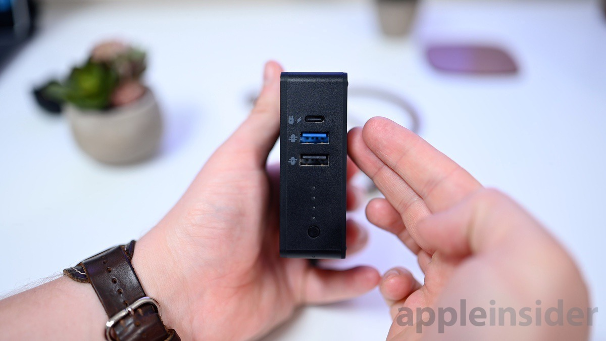 Mophie powerstation Hub USB ports