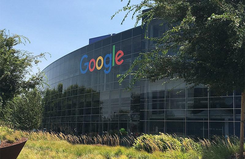 Google, Facebook Under Investigation in UK for Abusing Market Power