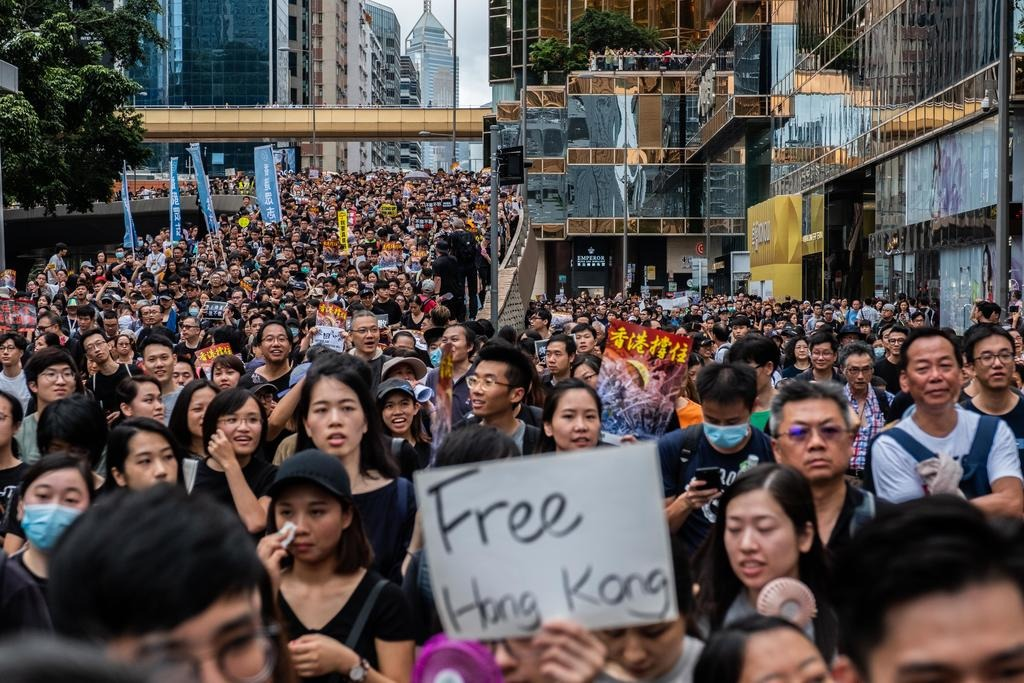 Hong Kong protesters turn to Apple's AirDrop to bypass Chinese censorship