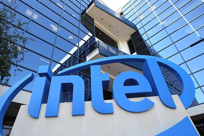 Apple buys Intel modem business in $1B deal