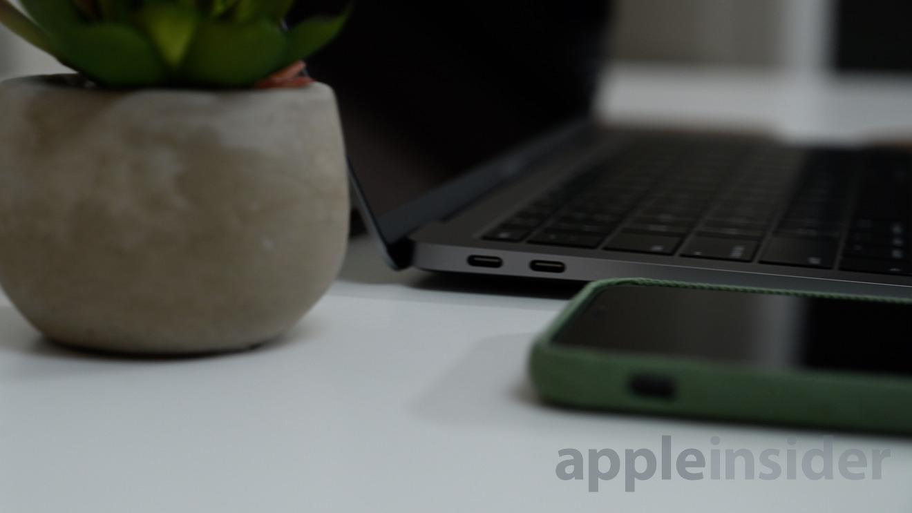 MacBook Air has dual Thunderbolt 3 ports