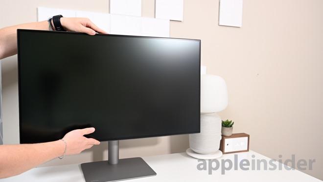 BenQ PD3220U monitor