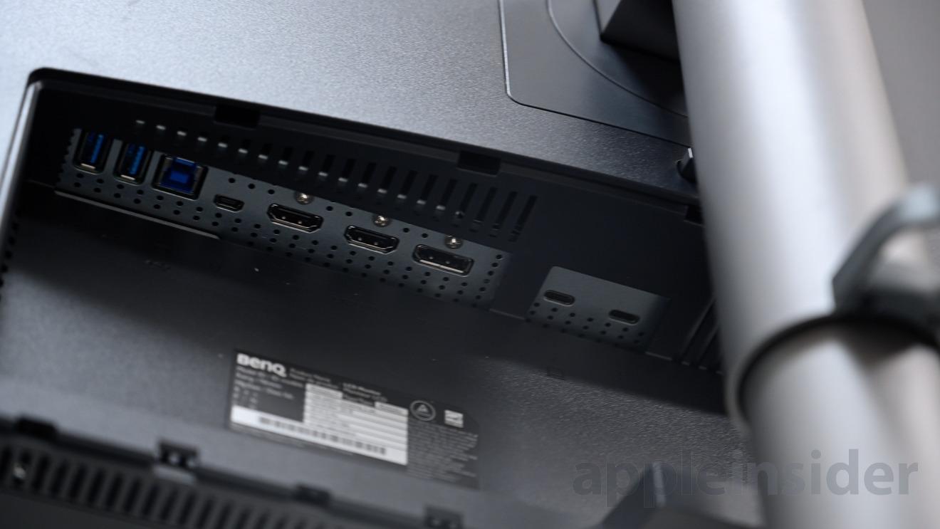 Rear ports on the BenQ PD3220U
