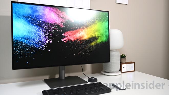 BenQ PD3220U designer's monitor