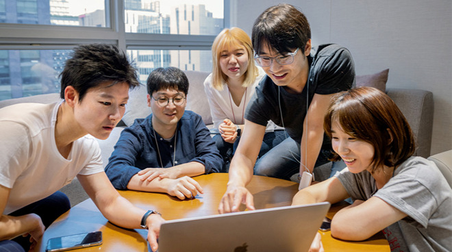 Apple technologies have created 325,000 jobs in South Korea