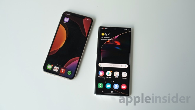 iPhone XS Max and Galaxy Note 10+