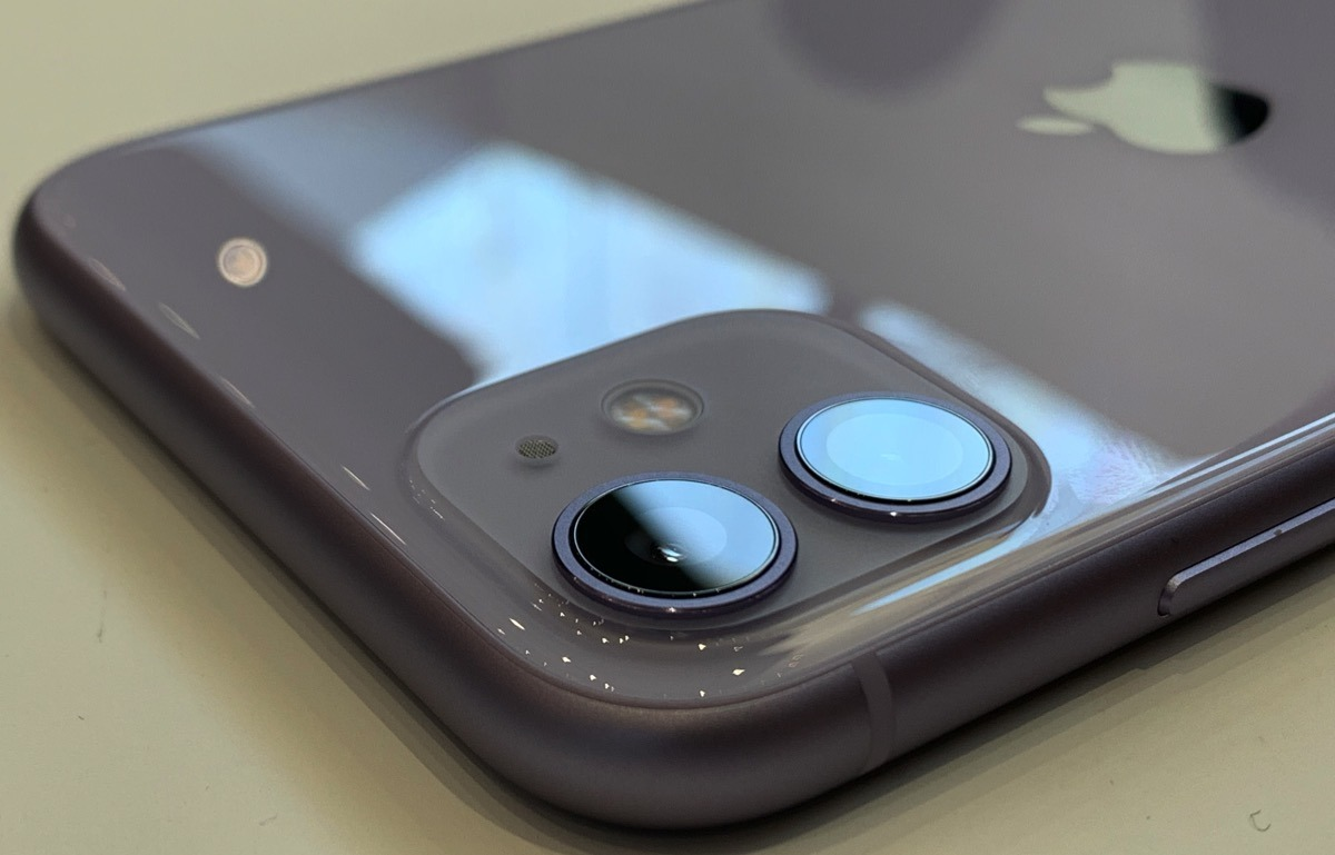 photo of iPhone 11 -- hands on and first impressions image