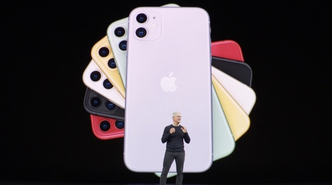 iPhone 11 Tim Cook stage