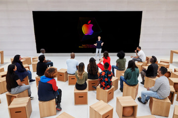 Today at Apple presentation in the new Apple Fifth Avenue. (Source: Apple)