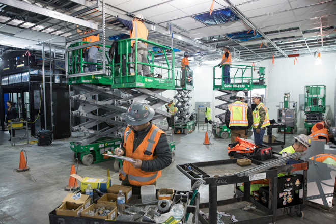Workers at Apple's Reno, Nevada data center