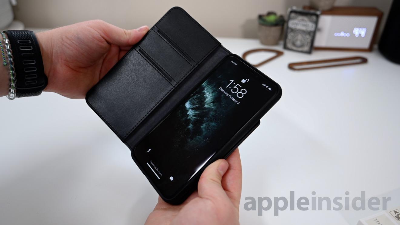 Moshi Overture wallet case