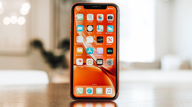 iPhone XR in Coral