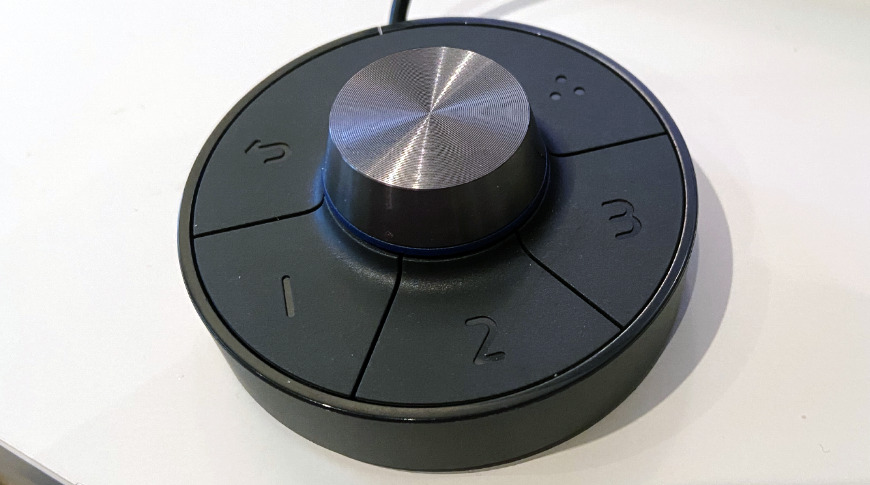 The BenQ hotkey puck