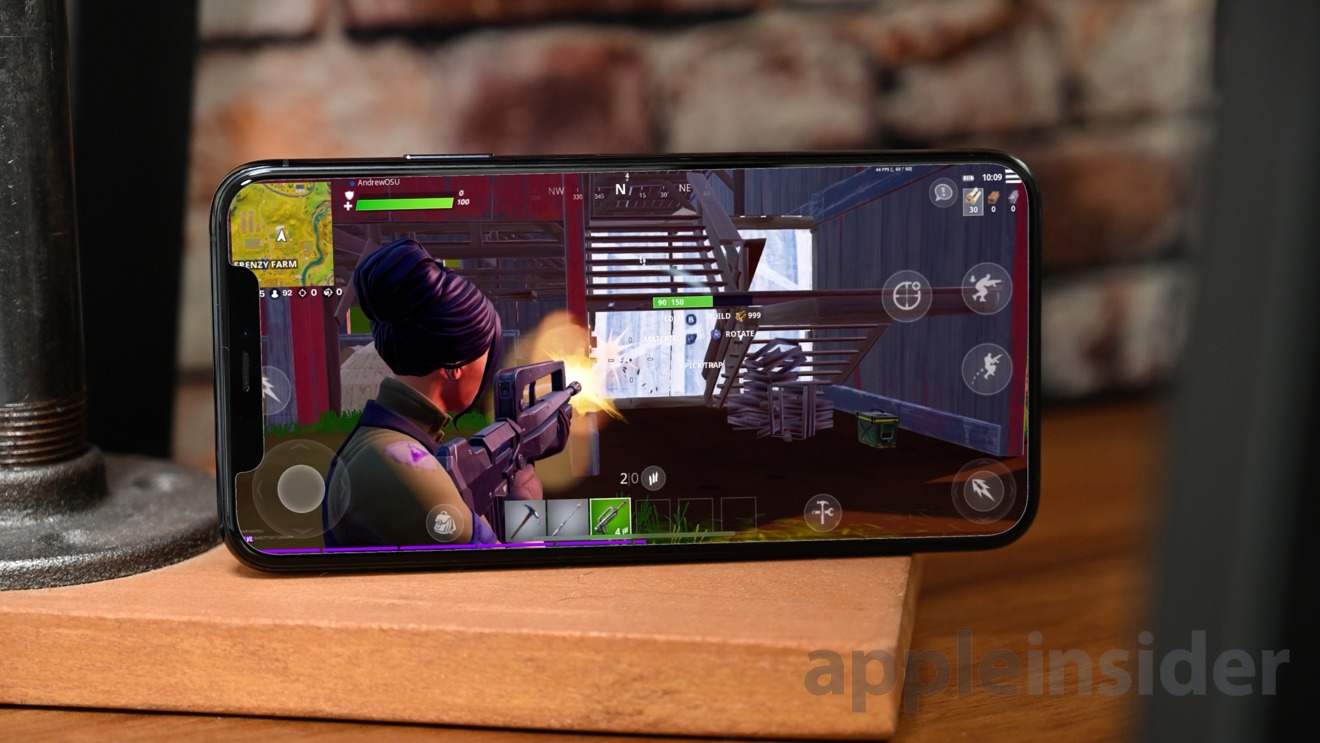Playing 'Fortnite: Chapter 2' on the iPhone 11 Pro at full resolution