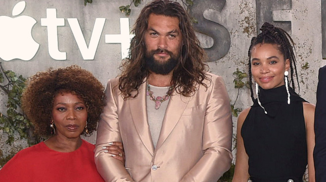 Alfre Woodard, Jason Momoa and Nesta Cooper at the