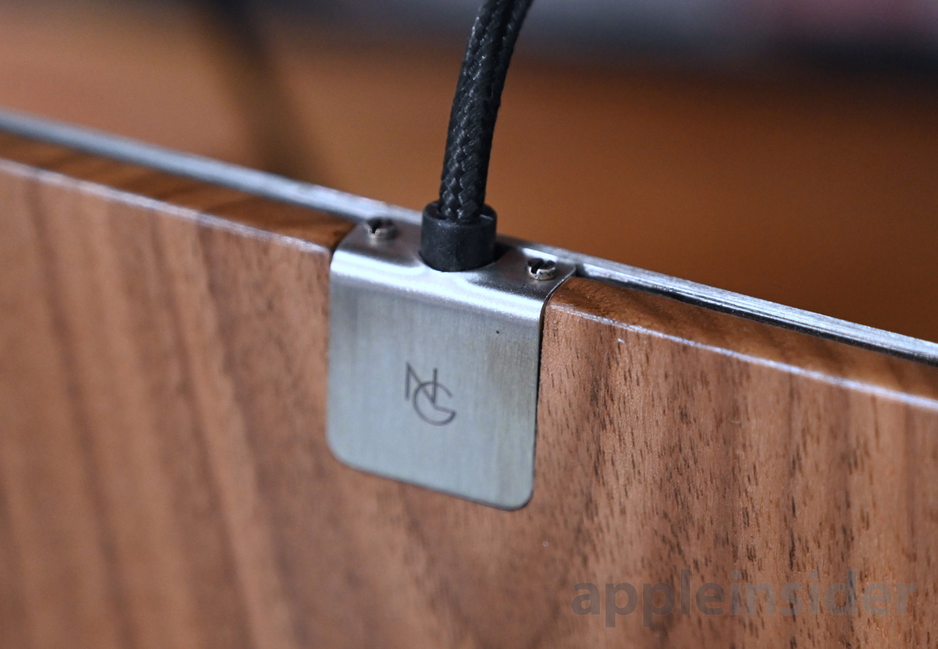 Noah and Grey wireless charger's cable is well secured