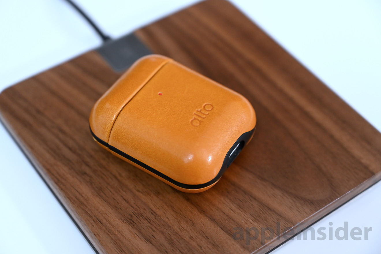 Noah and Grey wireless charger work with AirPods
