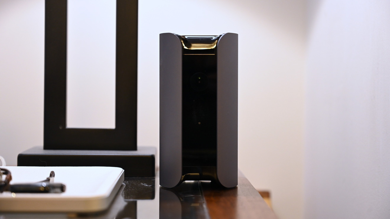 photo of Review: Canary View is a well-designed smart home camera that screams for HomeKit image