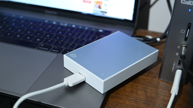 Seagate Backup Plus Portable connected to my MacBook Pro