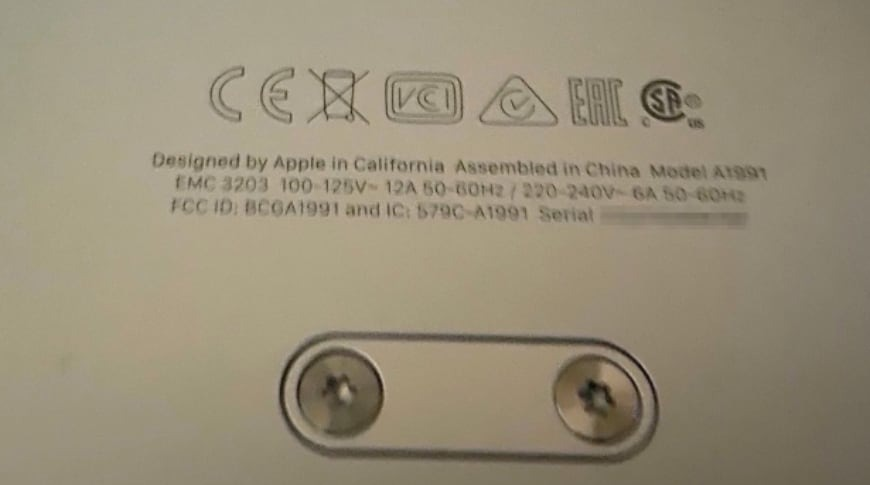The Mac Pro's label showing assembly in China (via MacGeneration)