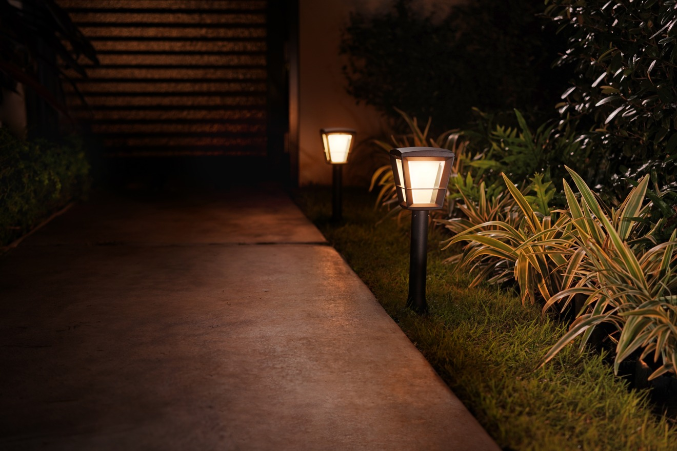 Philips Hue Econic Pedestal Path Light