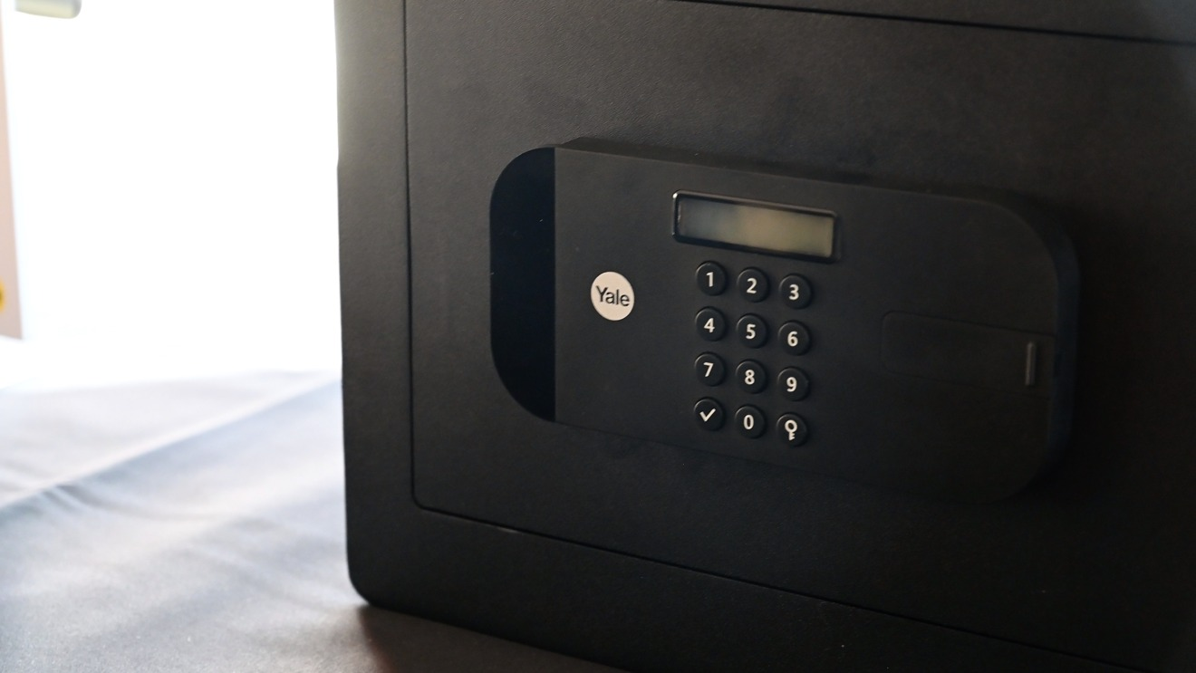 Yale HomeKit-enabled safe