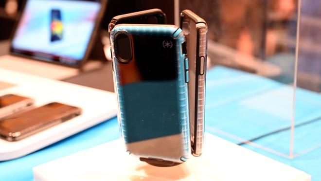 Speck Presidio2 iPhone cases