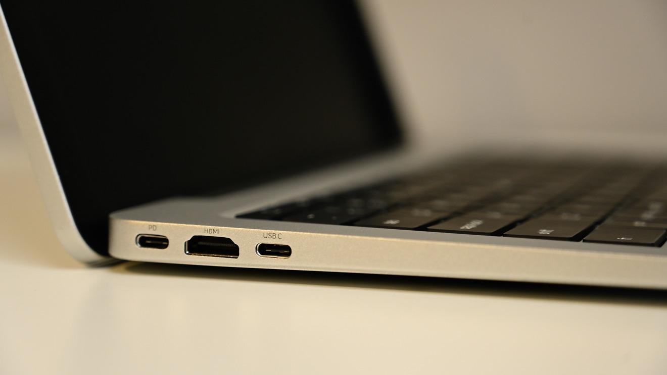 The left-hand ports on the Doqo SmartDock