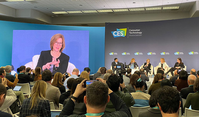 Jane Horvath participates in privacy roundtable at CES 2020. | Source: Parker Ortolani via Twitter