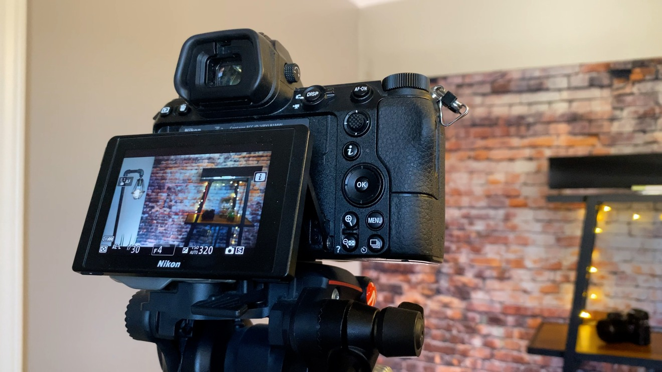 The Nikon Z 7 clearly shoots better video, but is bulkier for everyday shooting