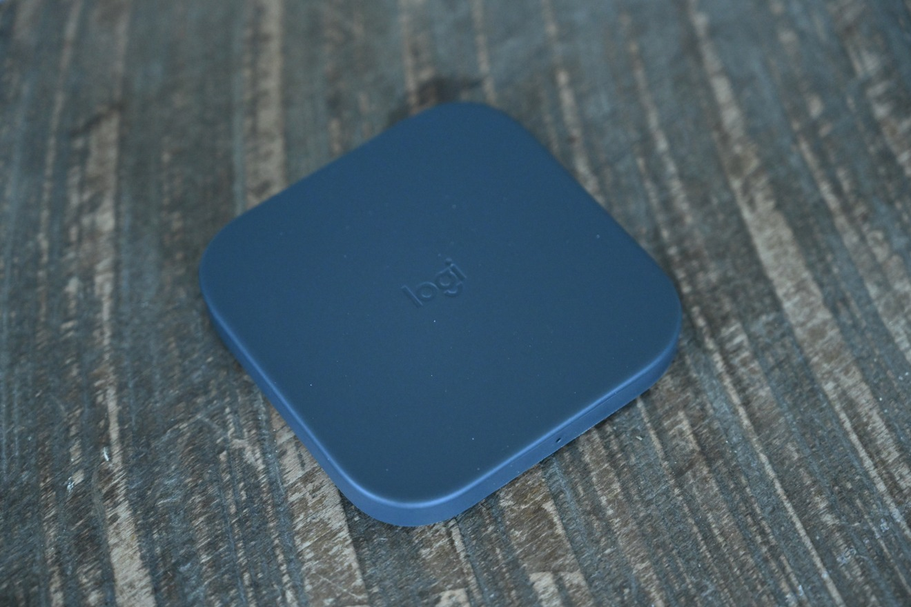 Logitech Powered Pad 10W Qi charger