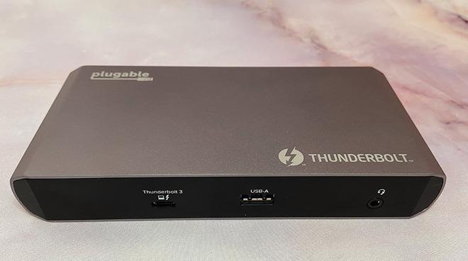 Thunderbolt 3 and USB-C docking station