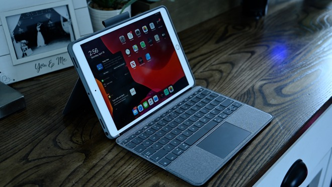10.5-inch iPad Pro in the Logitech Combo Touch