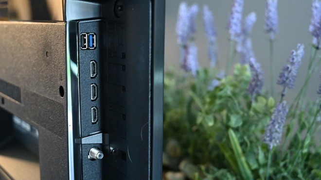 Sony X800H side ports